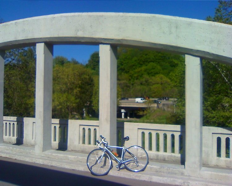 Old Don Road bridge, with bicycle