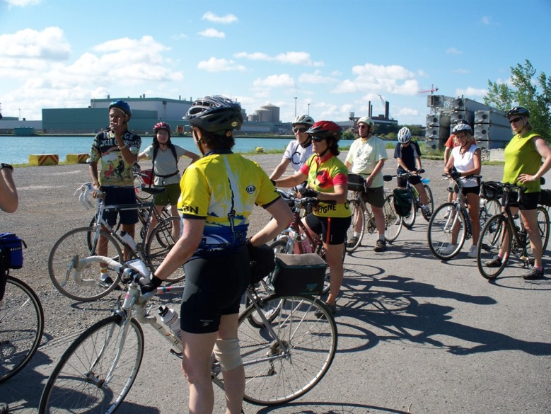 cyclists at the Welland Canal