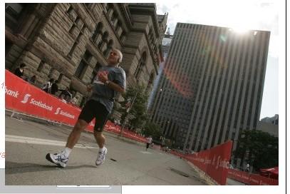 2009-Toronto-half-runners-1